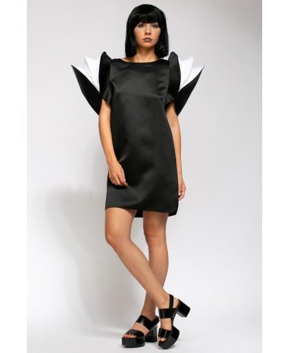 LORA BLACK AND WHITE DRESS